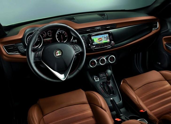 Alfa Romeo Giulietta 2014 09