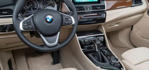 BMW 2-Series Active Tourer 2014 interior 01