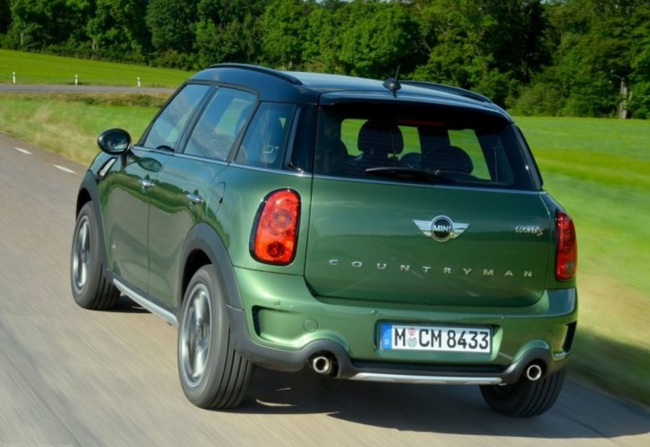 MINI COUNTRYMAN CROSSOVER 2015 04