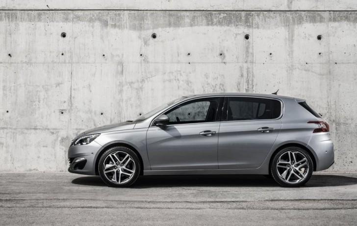 Peugeot 308 2014 03