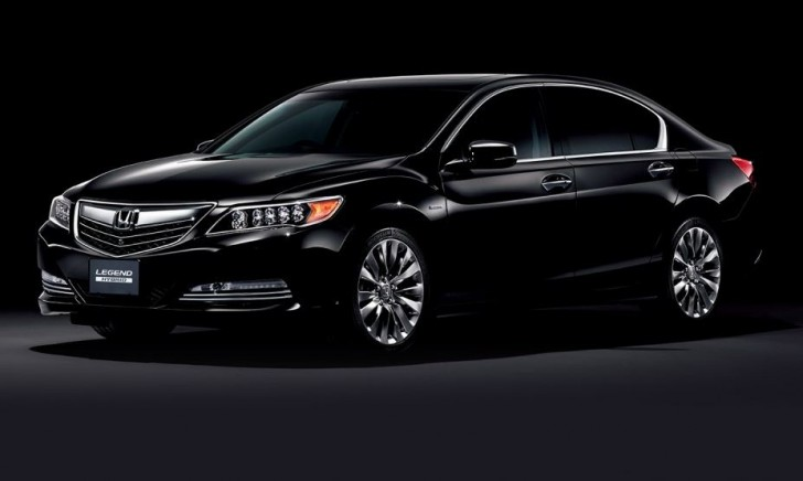 HONDA LEGEND 2015 01