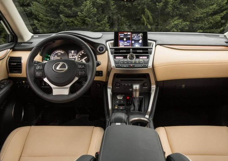 Lexus NX 2015 08