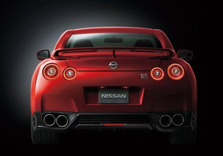 NISSAN GT-R 2015 08