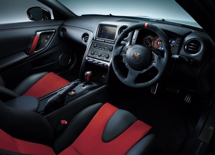 Nissan GT-R Nismo 2015 08