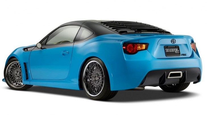 SCION Targa-Top FR-S SEMA2014 03