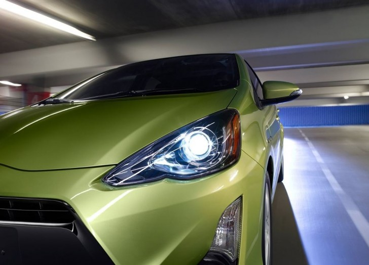 Toyota Prius c 2015 11