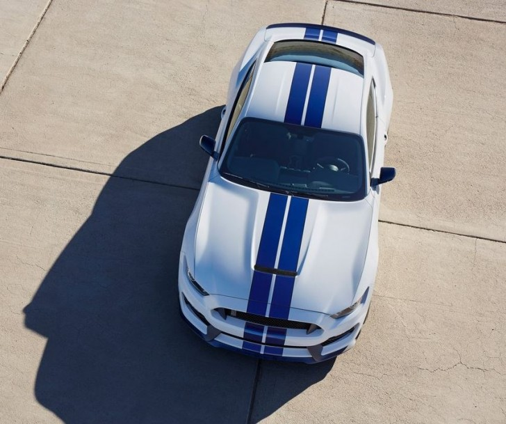 Ford Mustang Shelby GT350 2016 05