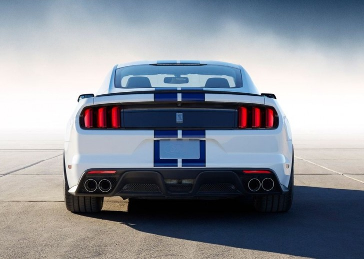Ford Mustang Shelby GT350 2016 07