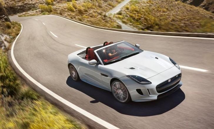 Jaguar F-Type 2016 01
