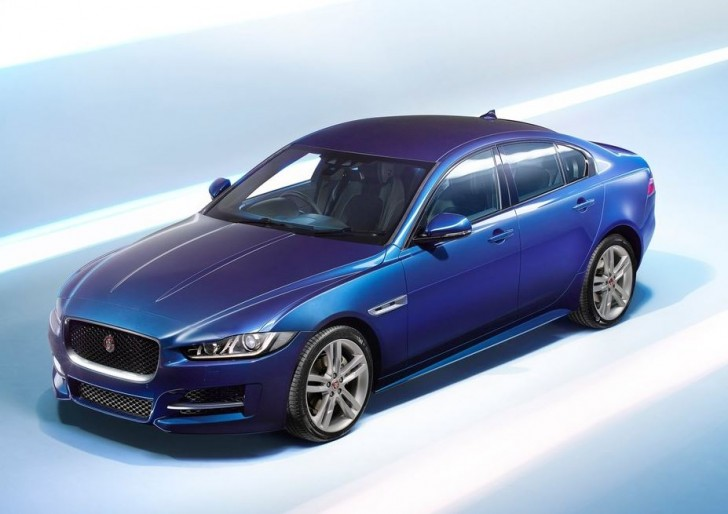 Jaguar XE 2016 07