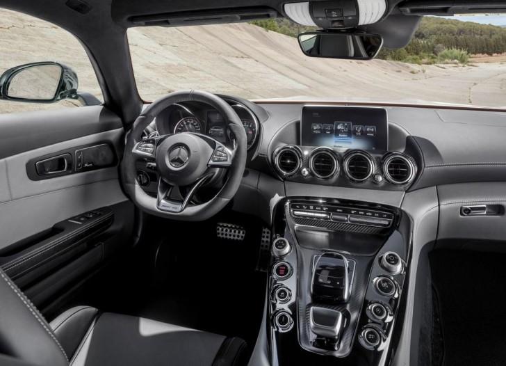 Mercedes-Benz AMG GT 2016 09