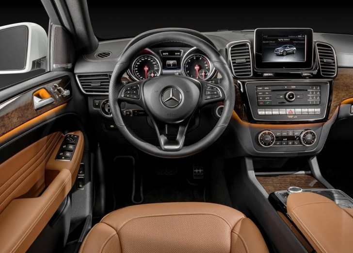 Mercedes-Benz GLE Coupe 2016 05