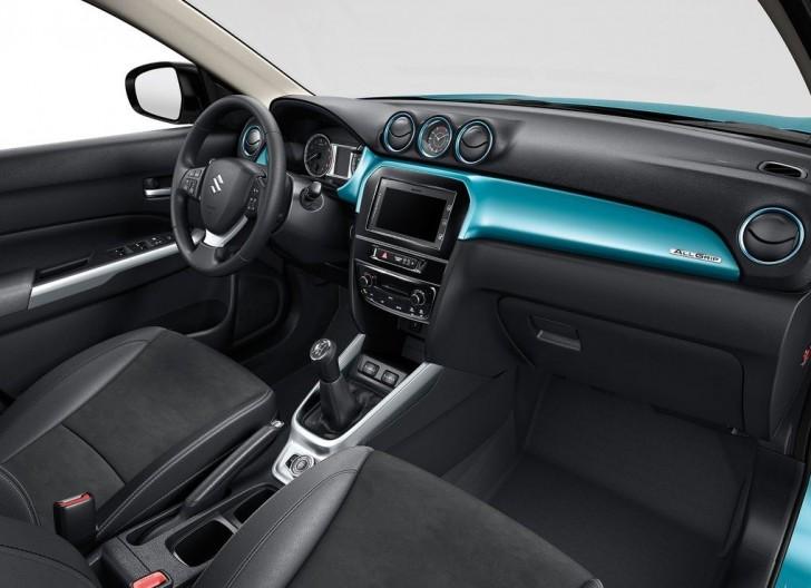 Suzuki Vitara 2015 09
