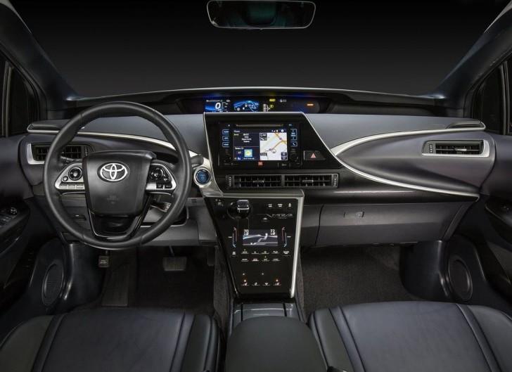 Toyota Mirai 2016 09