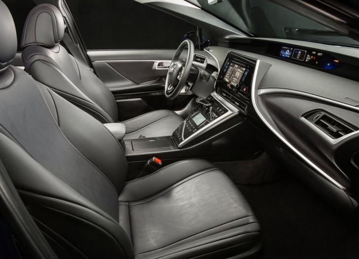 Toyota Mirai 2016 10