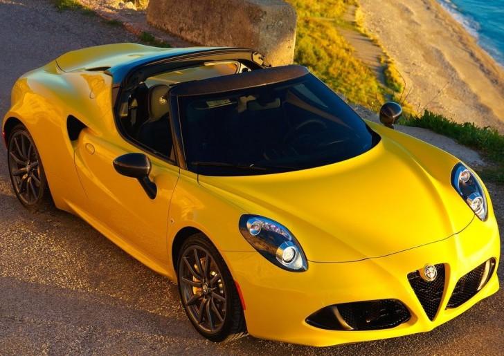 Alfa Romeo 4C Spider 2015 02