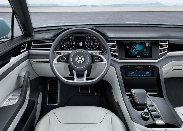 Volkswagen Cross Coupe GTE Concept 2015 08