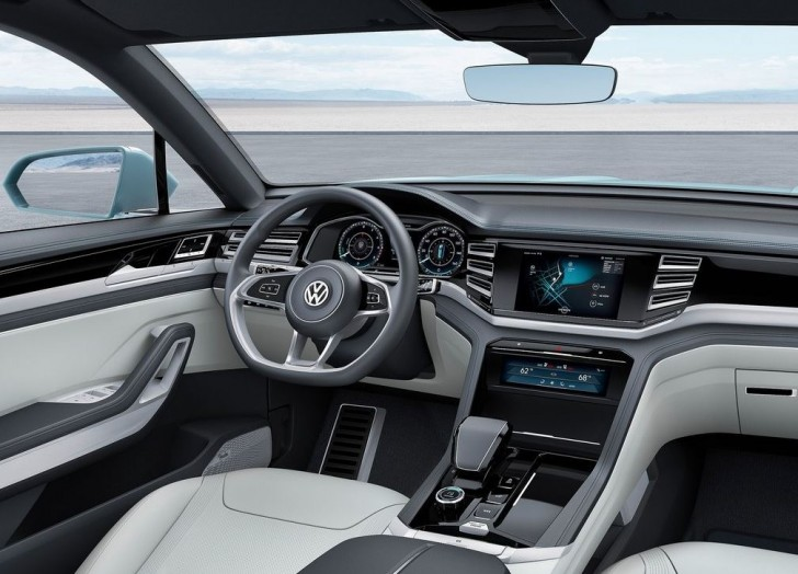 Volkswagen Cross Coupe GTE Concept 2015 09