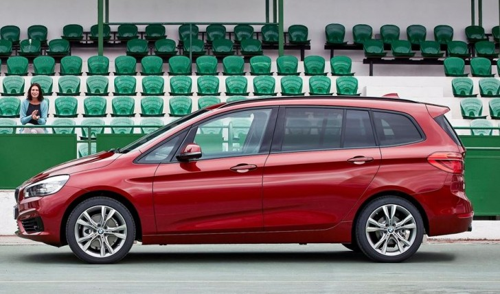 BMW 2-Series Gran Tourer 2016 02