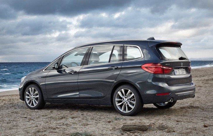 BMW 2-Series Gran Tourer 2016 06