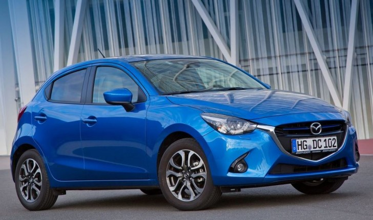 Mazda 2 2015 02