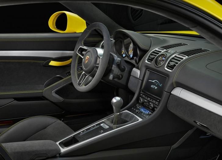 Porsche Cayman GT4 2016 11