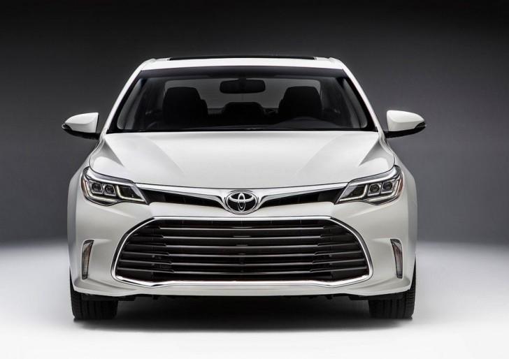 Toyota Avalon 2016 02