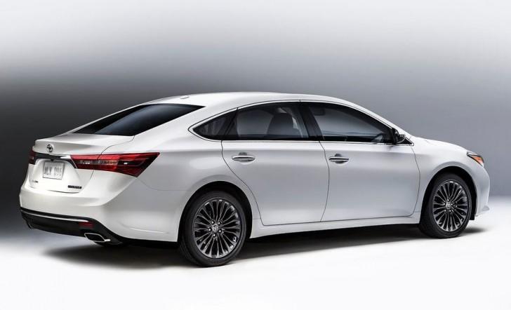Toyota Avalon 2016 04