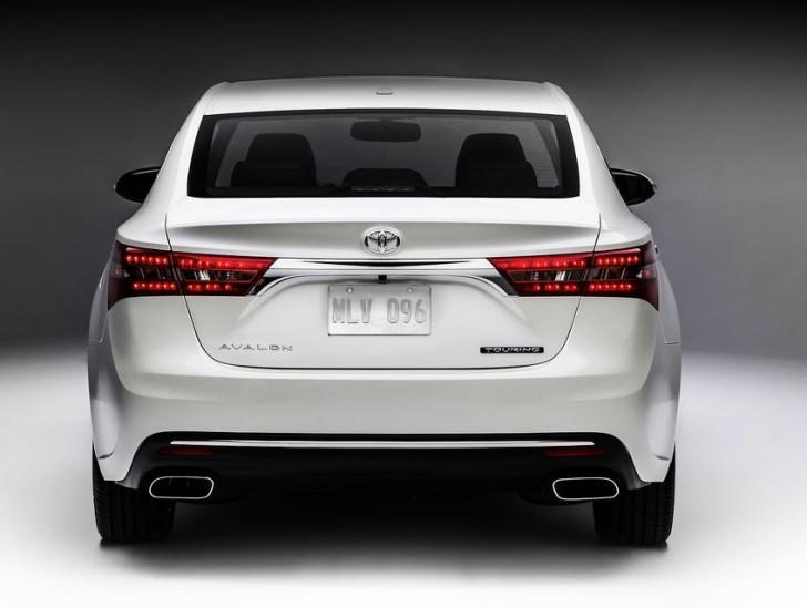 Toyota Avalon 2016 05