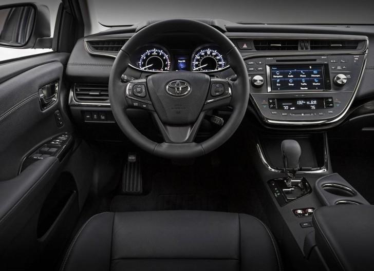 Toyota Avalon 2016 06