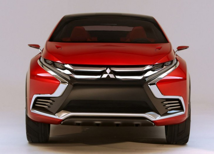 XR-PHEV II Concept 2015 02