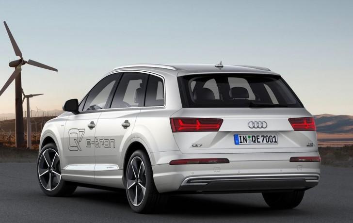 Audi Q7 e-tron 3.0 TDI quattro 2017 01