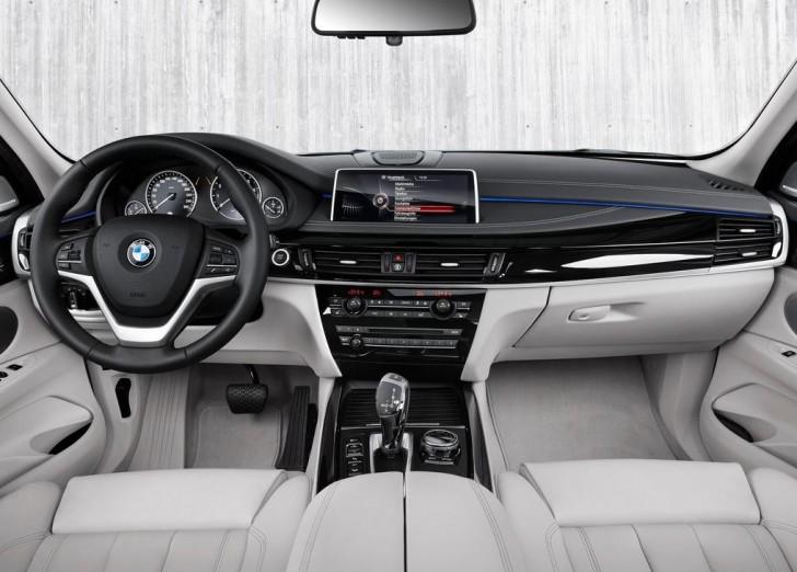 BMW X5 xDrive40e 2016 06