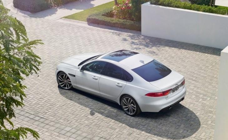 Jaguar XF 2016 05