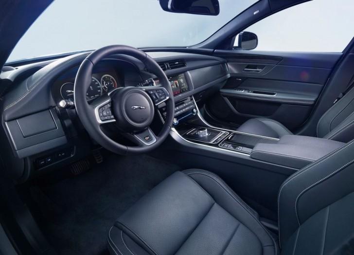 Jaguar XF 2016 08