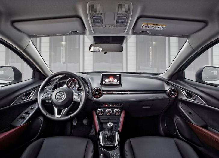 Mazda CX-3 2016 08