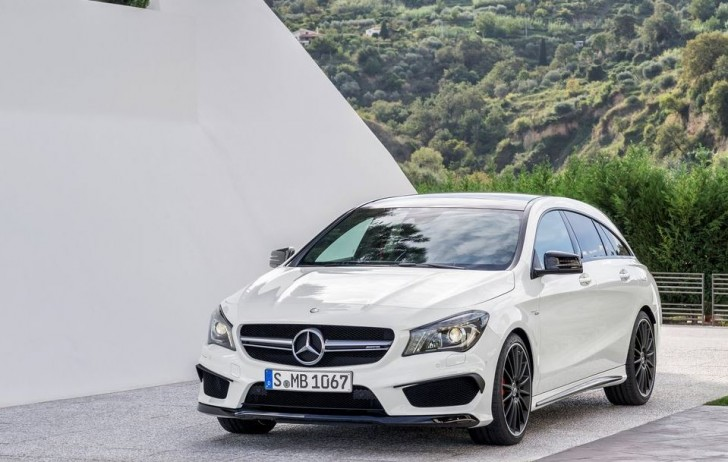 Mercedes-Benz CLA45 AMG Shooting Brake 2016 01