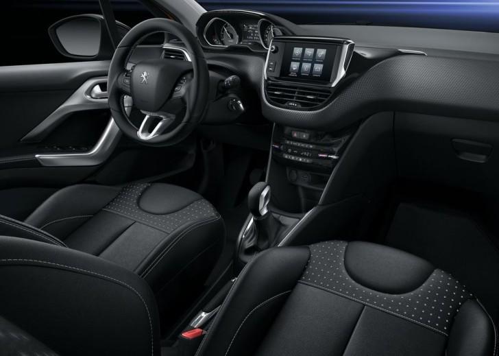 Peugeot 208 2016 09
