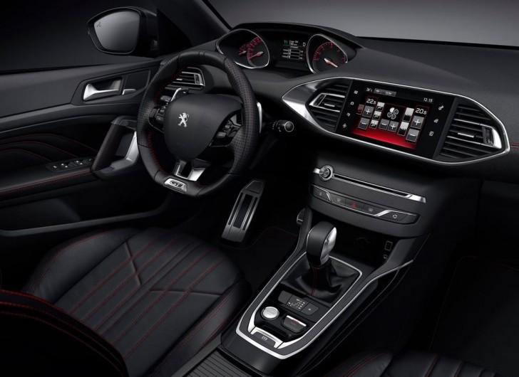 Peugeot 308 GT 2015 06