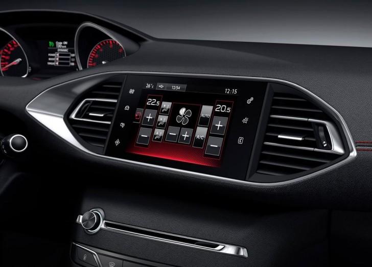 Peugeot 308 GT 2015 08