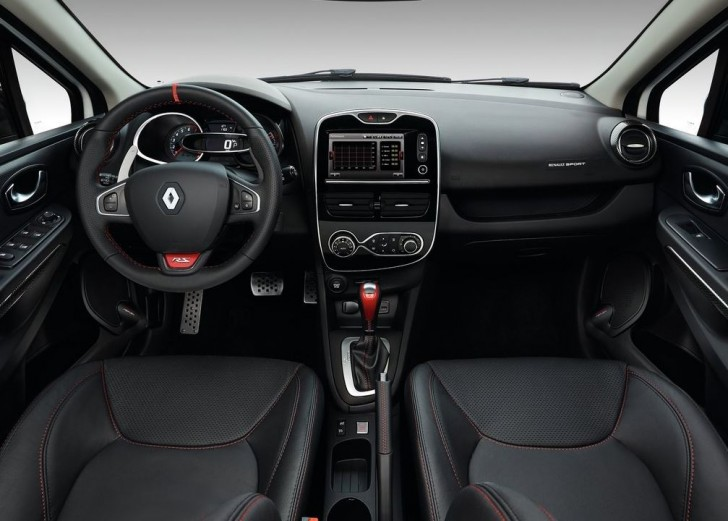 Renault Clio RS 220 Trophy EDC 2016 08