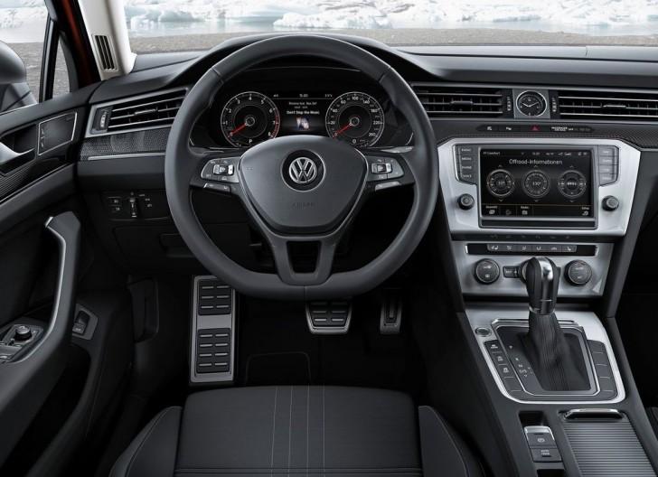 Volkswagen Passat Alltrack 2016 06
