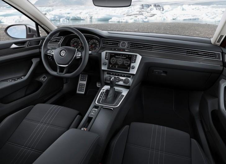 Volkswagen Passat Alltrack 2016 07