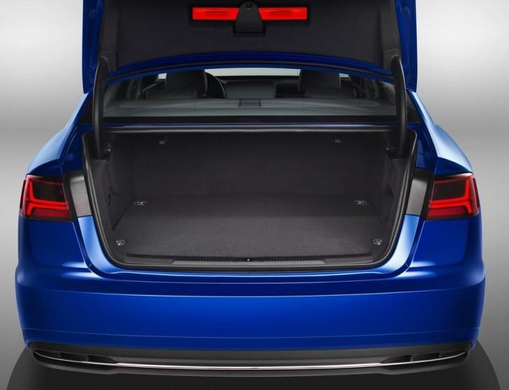 Audi A6L e-tron 2017 09