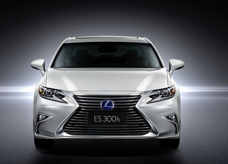 Lexus ES 2016 02