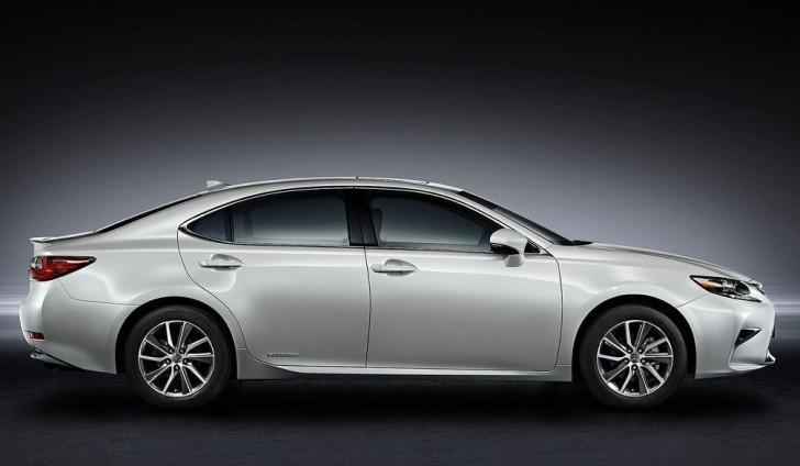 Lexus ES 2016 03