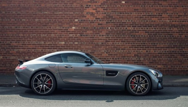 Mercedes-Benz AMG GT S UK-Version 2016 04