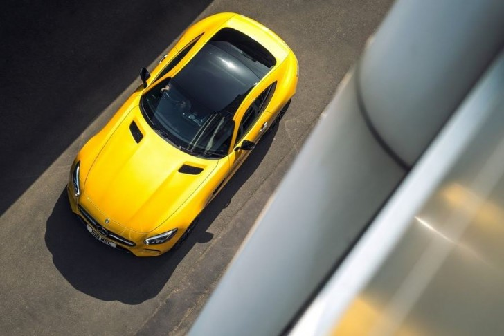 Mercedes-Benz AMG GT S UK-Version 2016 08