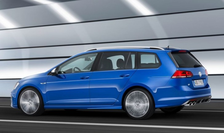 Volkswagen Golf R Variant 2015 03