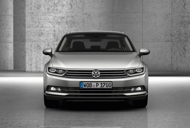 Volkswagen Passat 2015 08